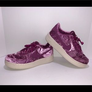 Nike Air Force 1 LV8 Women's